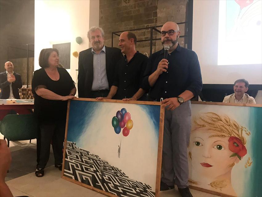 """Consegna delle opere destinate al Policlinico di Bari e  all'Ospedale """"Di Venere"""" Carbonara Bari"""